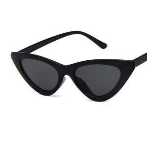 CAT EYE VINTAGE RETRO STYLE SUNGLASSES UV Black